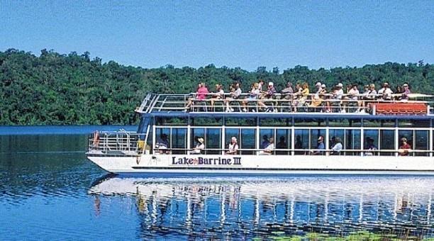 Lake Barrine cruise, North Queensland